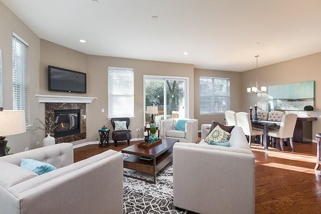 Luxury Homes in Naperville